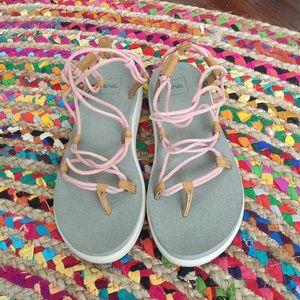 a50c1acfa0 Teva Shoes | Voya Infinity Tropical Peach Size 8 | Poshmark